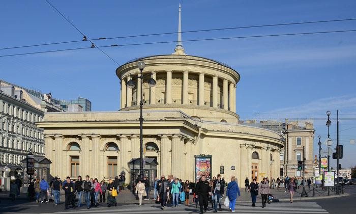 Станция метро «Площадь Восстания» в Санкт-Петербурге