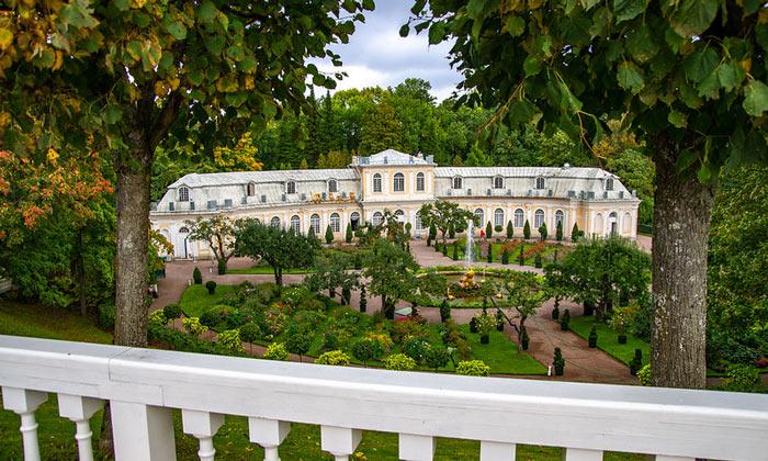 Оранжерейный сад в Петергофе