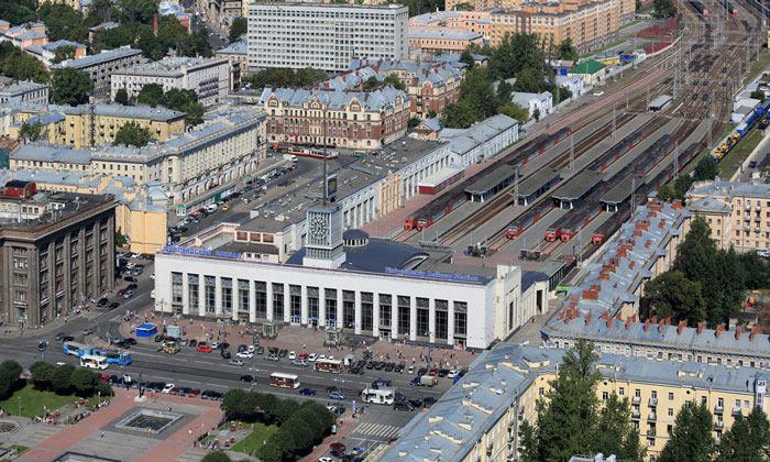 Панорама Финляндского вокзала в Санкт-Петербурге