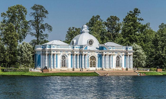 Павильон «Грот» в Царском Селе
