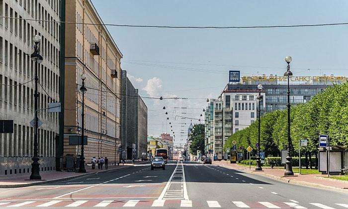Шпалерная улица в Санкт-Петербурге