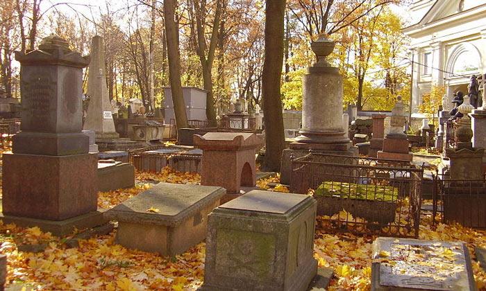 Тихвинское кладбище в Санкт-Петербурге