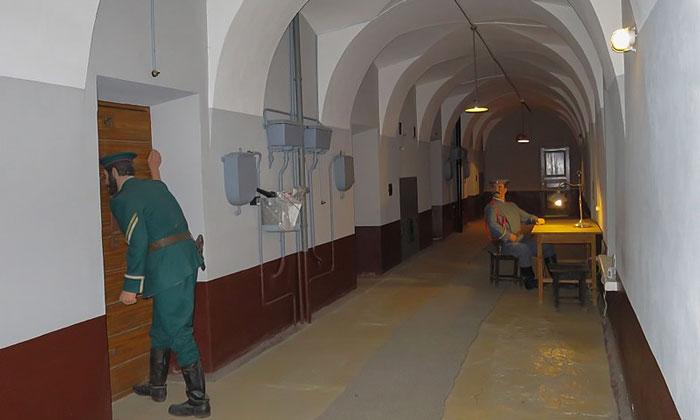 Тюремные надзиратели Трубецкого бастиона
