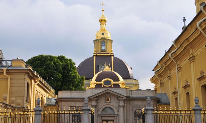 Вид Великокняжеской усыпальницы в Санкт-Петербурге
