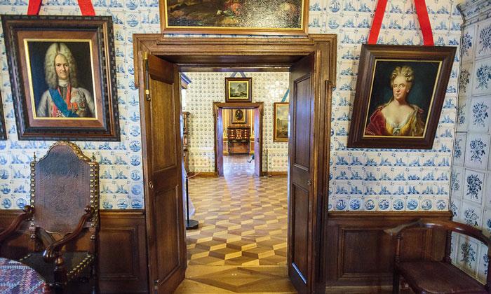 Внутренний интерьер дворца Меншикова в Санкт-Петербурге