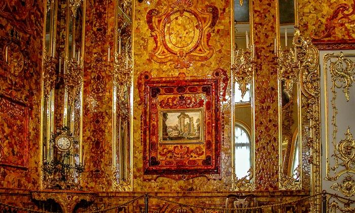 Роскошь Янтарной комнаты Екатерининского дворца