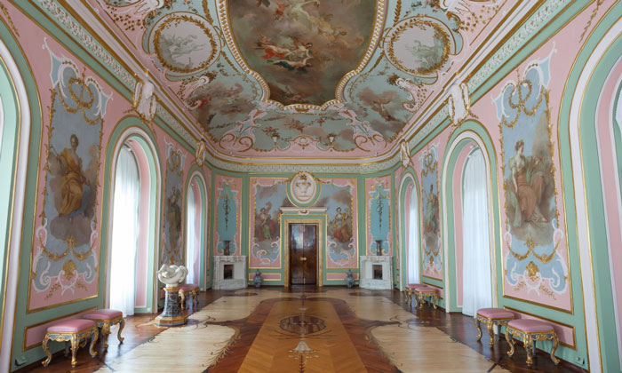 Зал муз Китайского дворца Ораниенбаума