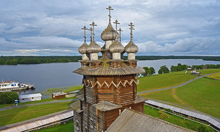 Церковь Покрова Богородицы в Кижах