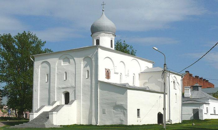 Церковь Успения на Торгу в Великом Новгороде