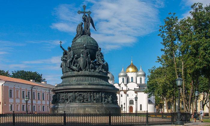 Монумент «Тысячелетие России» Новгородского Кремля