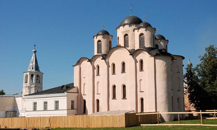 Николо-Дворищенский собор Великого Новгорода