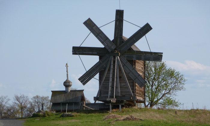 Ветряная мельница Биканина в Кижах