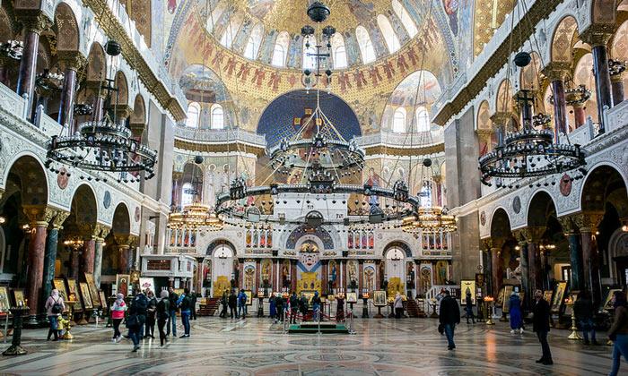 Внутри Никольского собора в Кронштадте