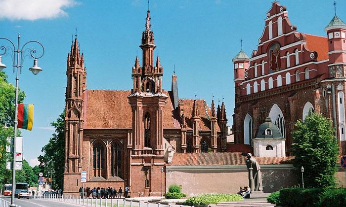 Костёл Святой Анны (Вильнюс)