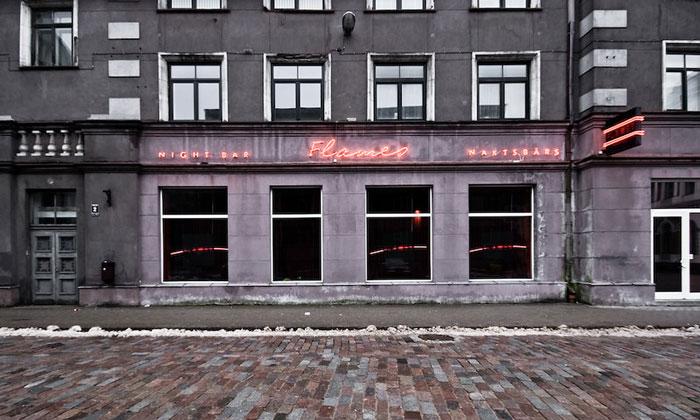 Ночной бар «Flames» в Риге