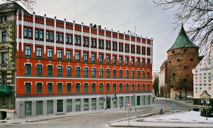 Отель «Astor» в Риге