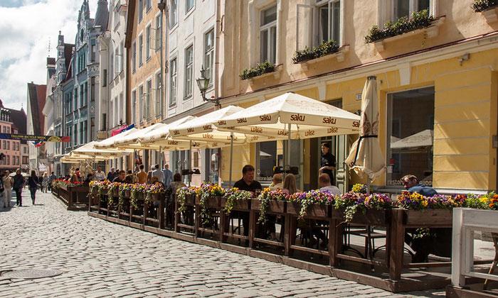 Уличное кафе Таллина